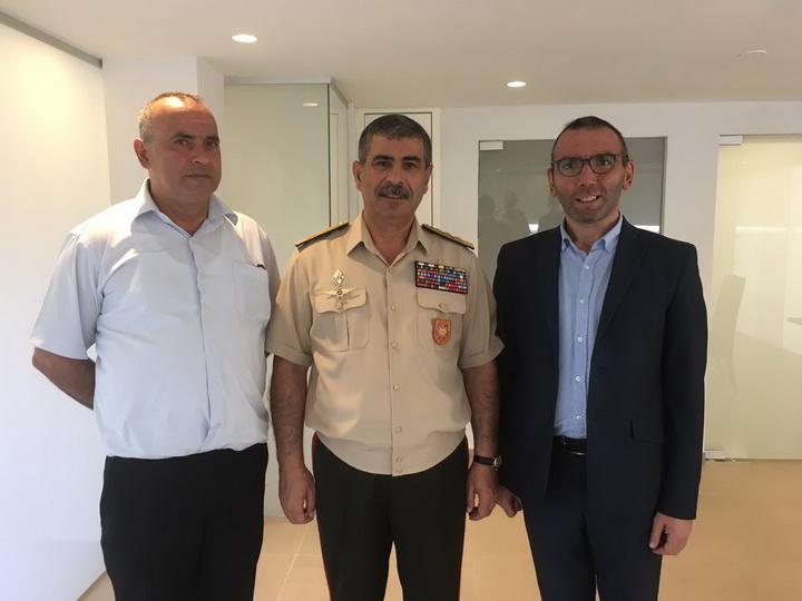 Закир Гасанов встретился в Израиле с семьей Национального героя Азербайджана Альберта Агарунова – ФОТО
