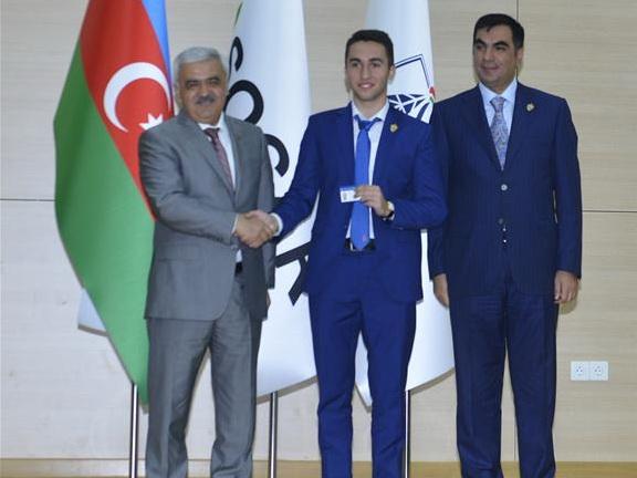 В Бакинской высшей школе нефти стартовал новый учебный год — ФОТО