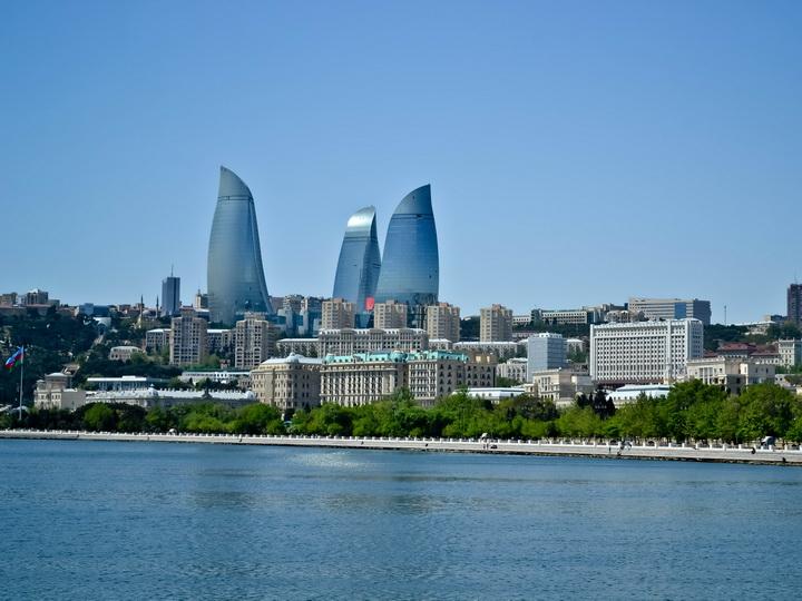 В воскресенье температура в Баку и на Абшероне без осадков, до +35