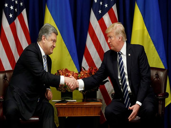 Порошенко: Трамп поддержал предложение Киева по миротворцам ООН в Донбассе