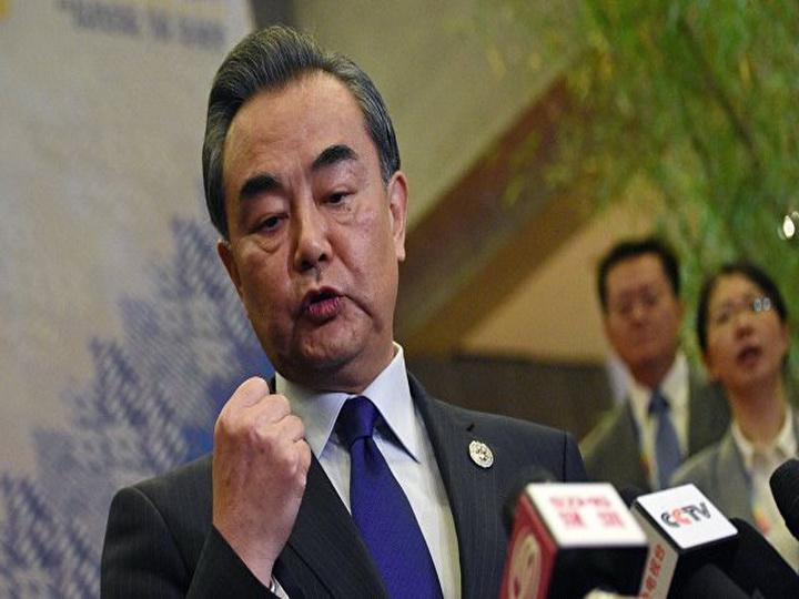 В мире не должно быть новых ядерных стран, заявил глава МИД Китая