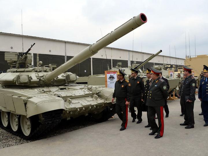 Министр обороны Узбекистана посетил воинскую часть Азербайджана – ФОТО