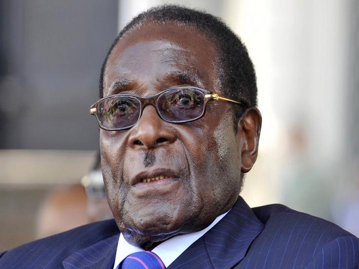 Президент Зимбабве в воскресенье встретится с командованием вооруженных сил