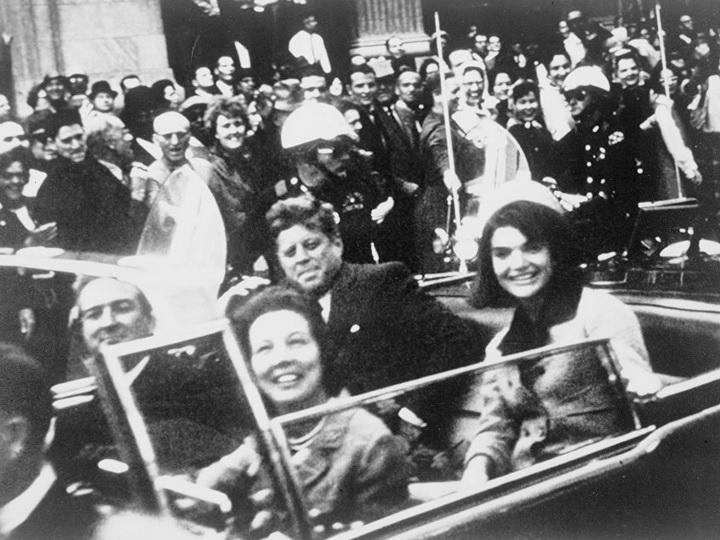 В США опубликовали еще десятки тысяч документов по делу об убийстве Кеннеди