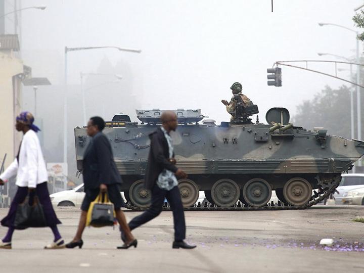Армия Зимбабве поддерживает намеченный на субботу марш против президента