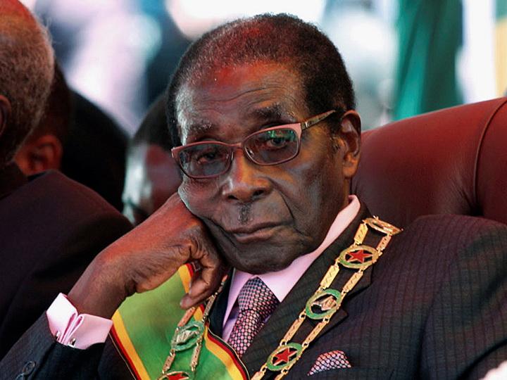 Президент Зимбабве подал вотставку