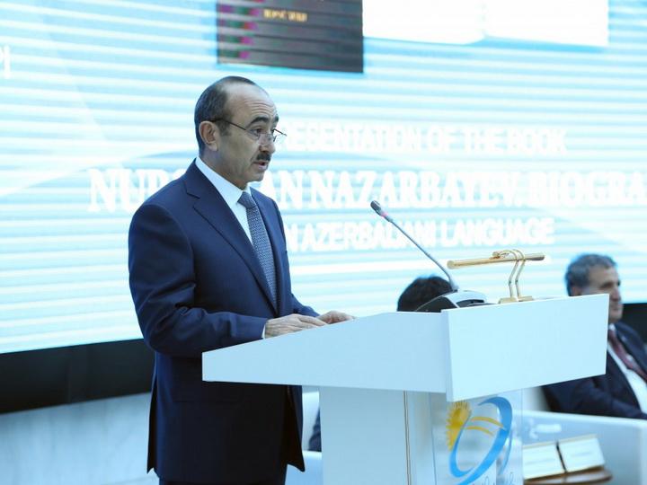 Али Гасанов рассказал о дружественных и братских связях между Азербайджаном и Казахстаном - ФОТО