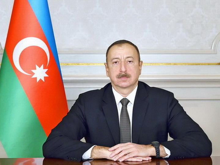 Президент Ильхам Алиев выразил соболезнования грузинскому коллеге в связи с жертвами пожара в Батуми