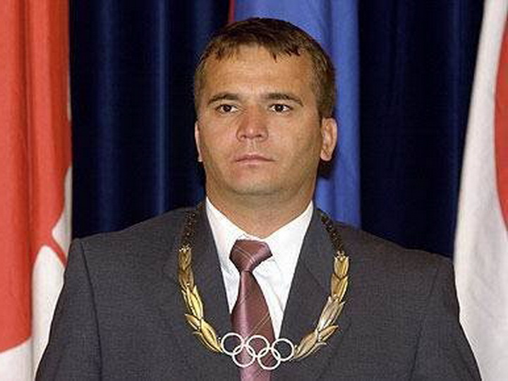Скончался самый титулованный тяжелоатлет в мире Наим Сулейманоглу