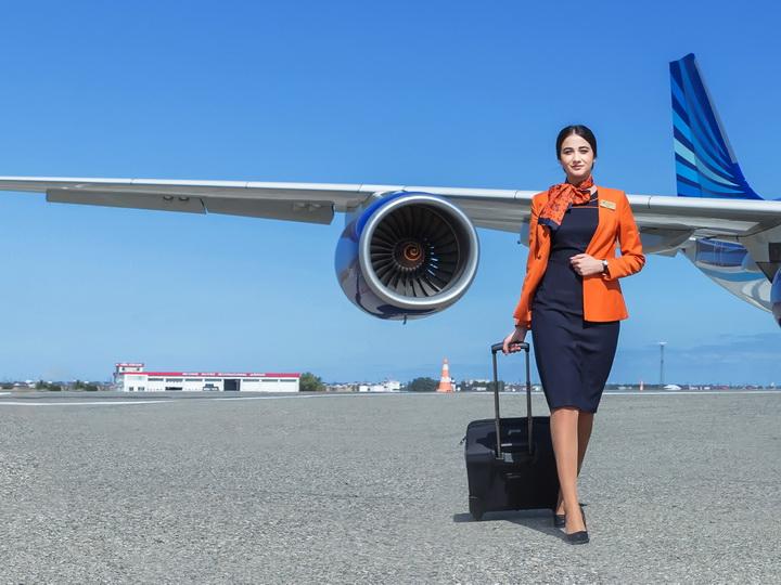 AZAL объявляет набор стюардесс