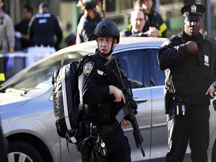 Полиция сообщила о пострадавших при стрельбе в Нью-Йорке