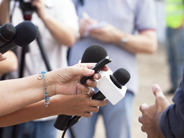 В Азербайджане призвали считать зарубежные СМИ «иностранными агентами»