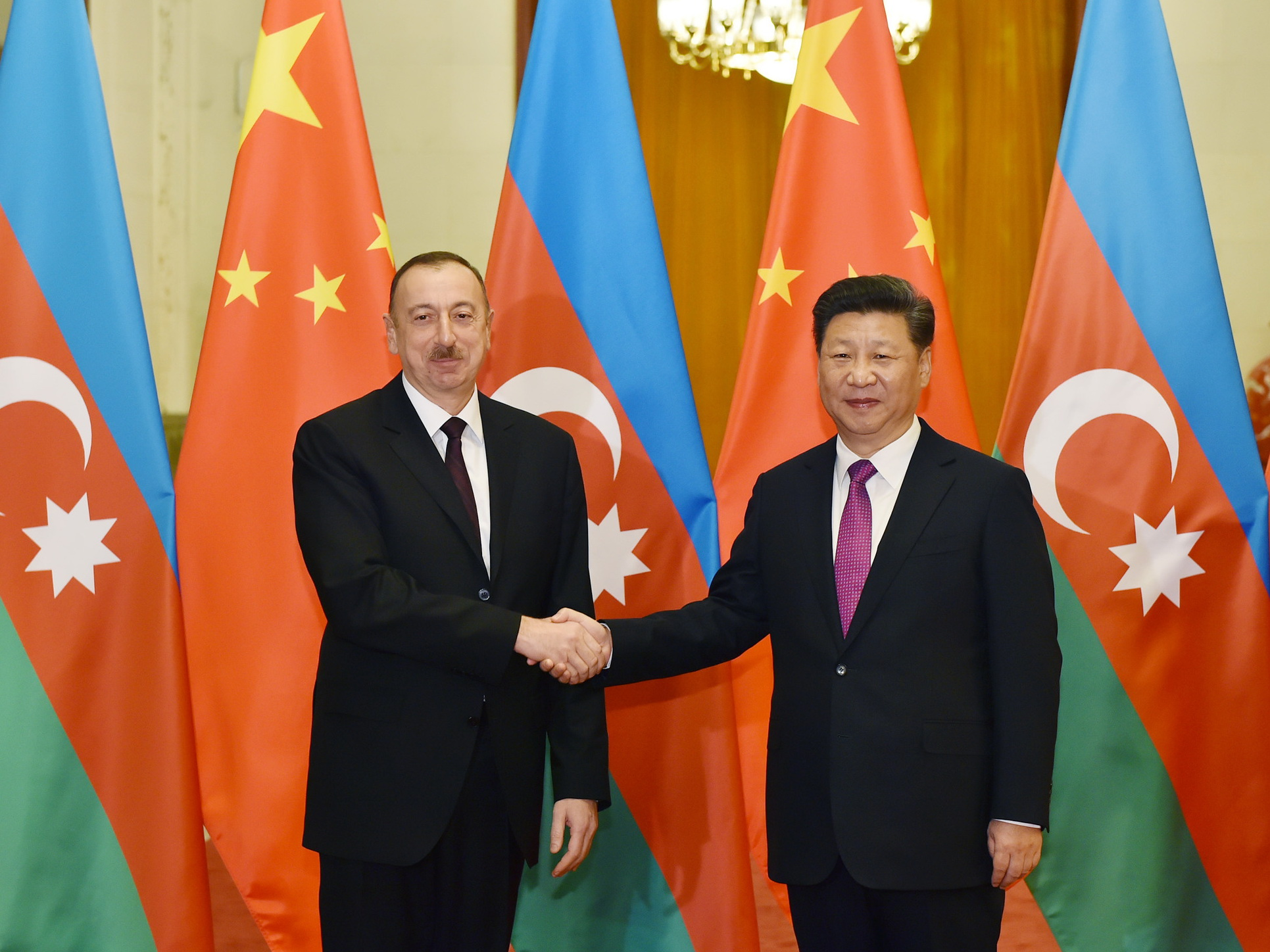 Председатель КНР Си Цзиньпин поздравил Президента Азербайджана