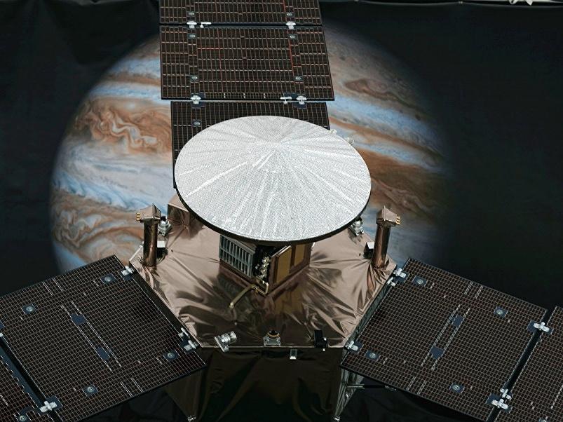 NASA показало необычные облака на Юпитере – ФОТО