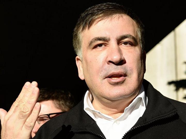 Саакашвили пообещал поставить на крыше экран для Порошенко