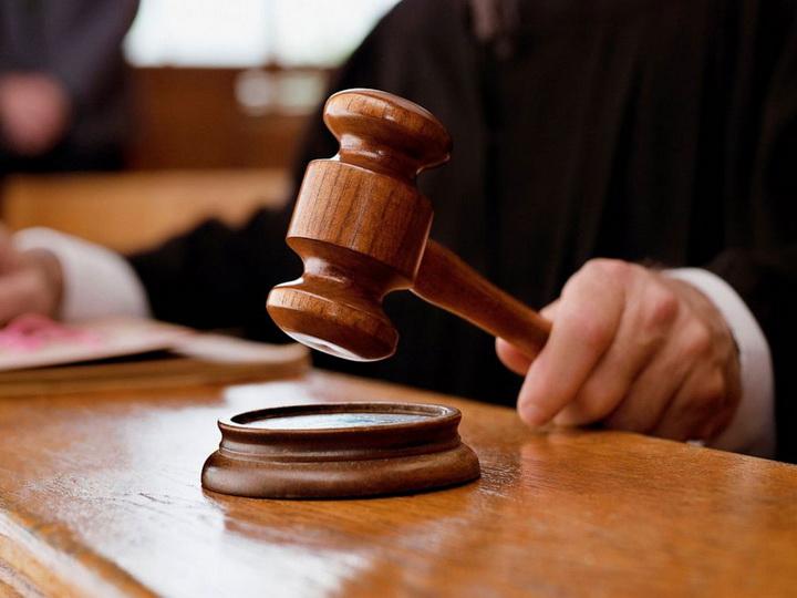 В Аргентине вынесли приговор мужчине, 22 года насиловавшему собственную дочь