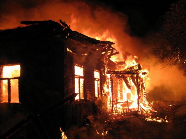 В результате пожара в Сабирабаде погибла 55 летняя женщина