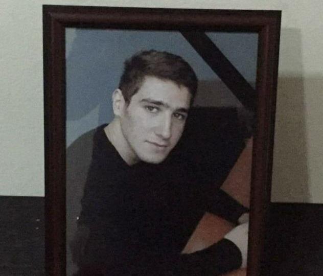 В Баку студента с модельной внешностью погубил угарный газ – ФОТО
