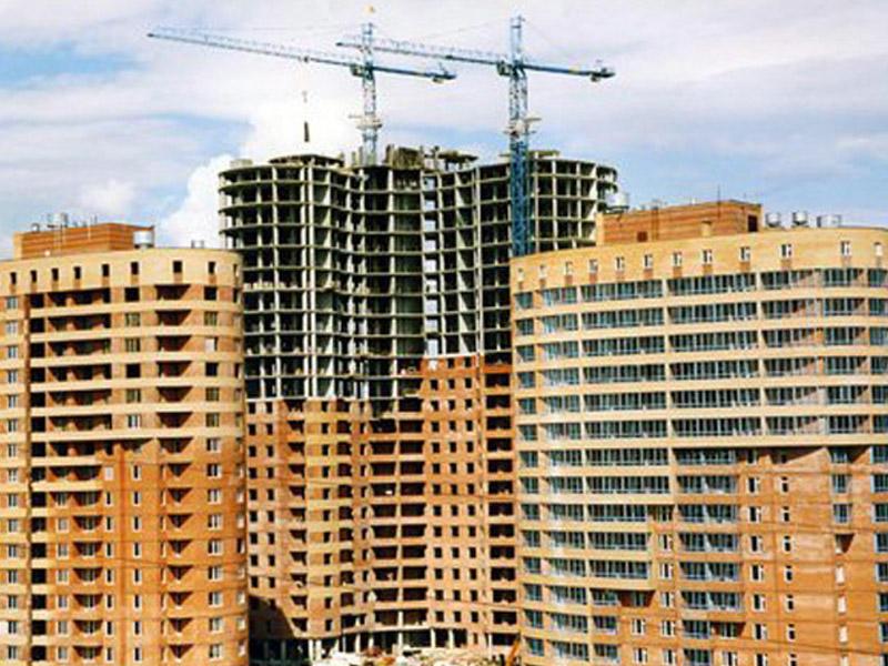 Инвестиции в строительство превалируют в объеме капвложений в основной капитал в Баку