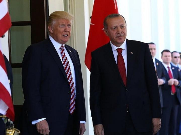 Эрдоган призвал Трампа прекратить поддерживать курдов в Сирии
