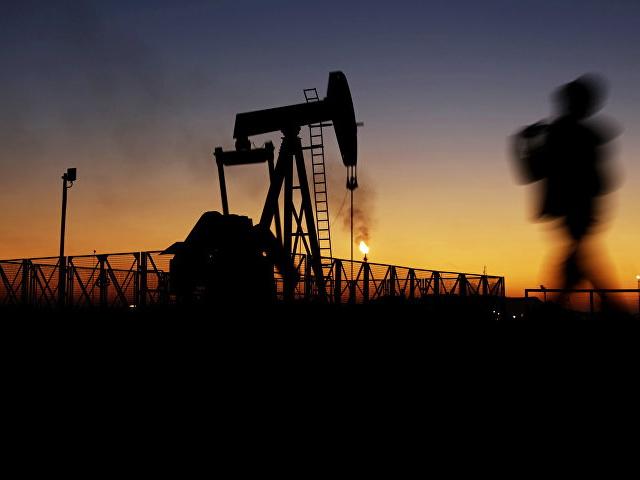 Цены на нефть снижаются после рекордного роста