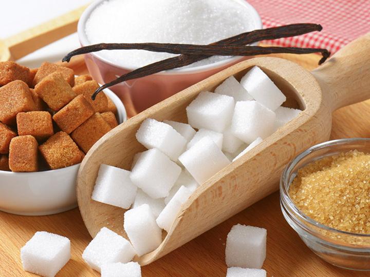 Ученые рассказали о новой опасности сахара