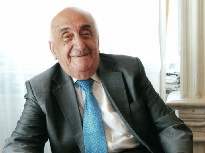 Xoшбахт Юсифзаде: Я счастлив, что участвовал в добыче как первой миллиардной, так и второй миллиардной тонны нефти