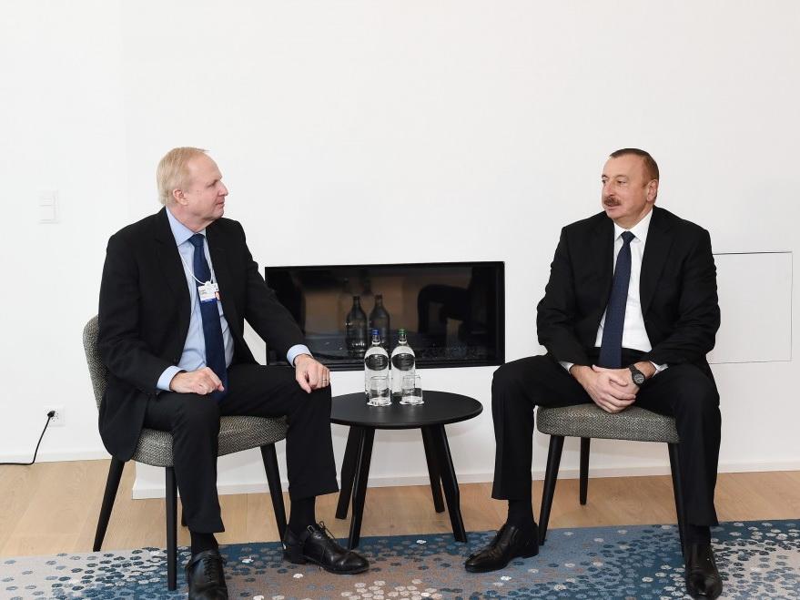 Ильхам Алиев встретился с главным исполнительным директором компании ВР - ФОТО