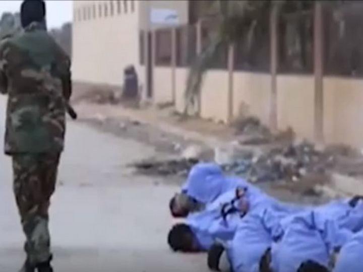 В Ливии заключённых казнили прямо посреди улицы — ВИДЕО