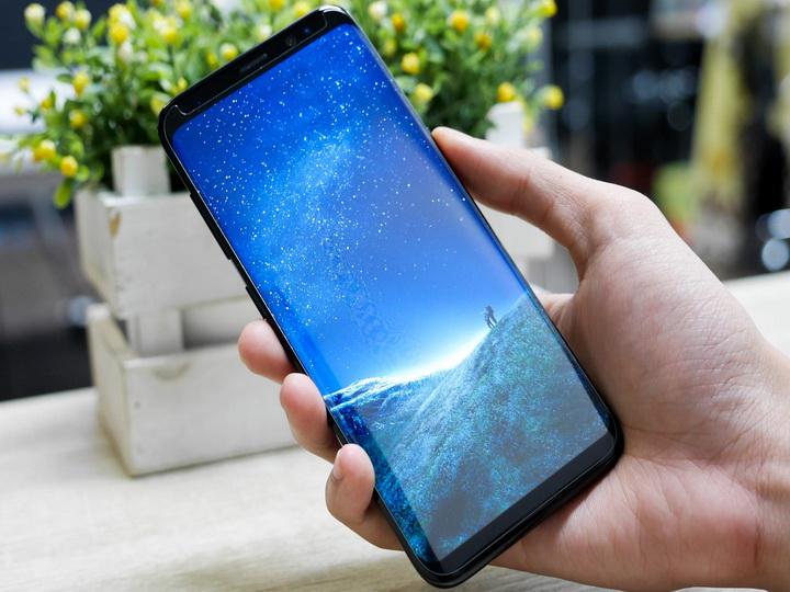 СМИ узнали цену нового смартфона Samsung Galaxy S9