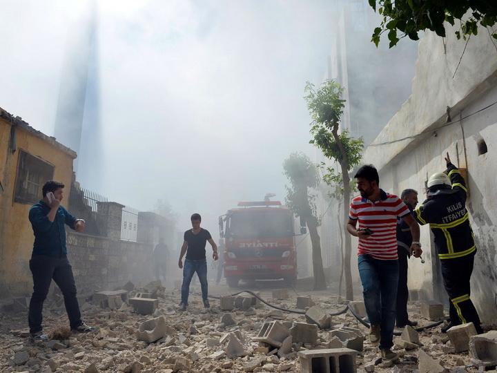 При обстреле турецкого Рейханлы из Африна погиб человек, 32 ранены