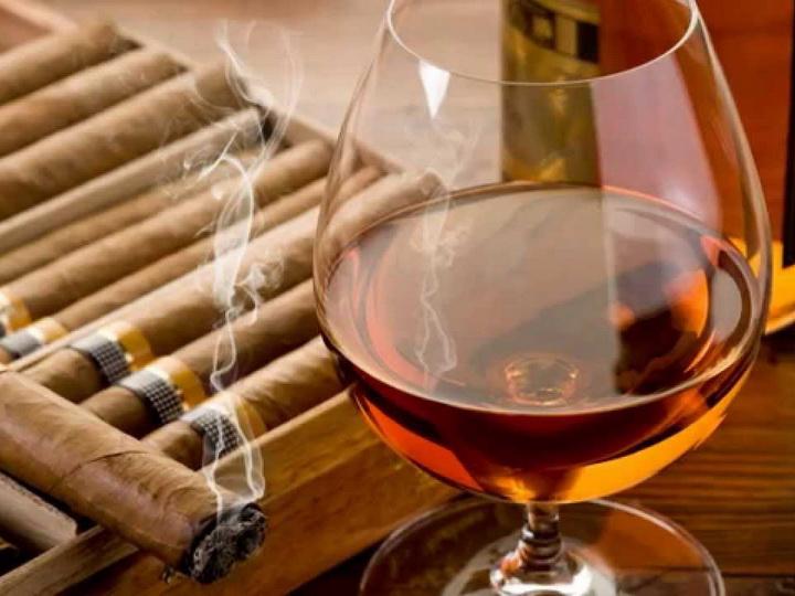Увеличен акциз на ввозимые в Азербайджан спиртные напитки и табачные изделия