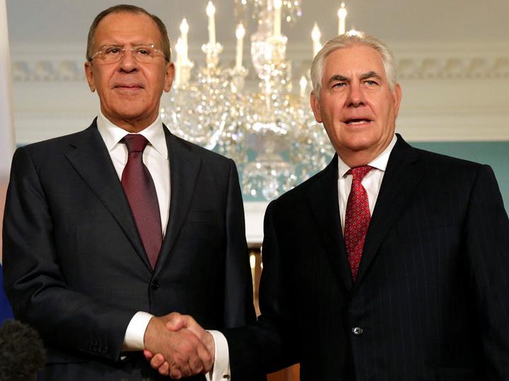 Лавров и Тиллерсон обсудили ситуацию в Сирии