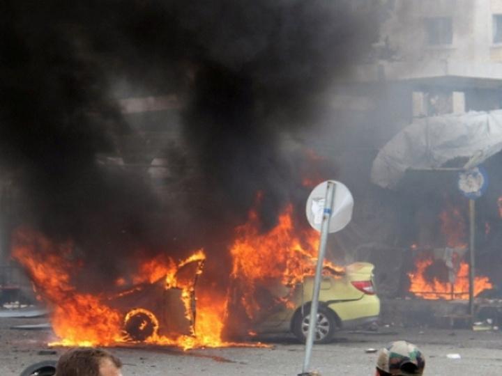 В Идлибе взорвались два автомобиля