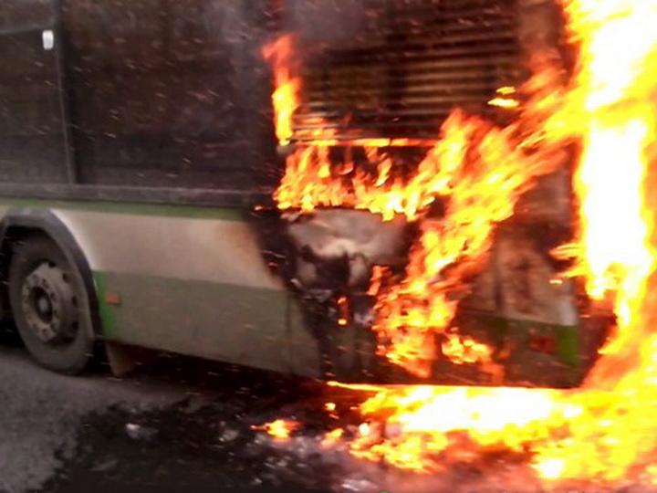Загорелся следующий из Азербайджана в Турцию пассажирский автобус