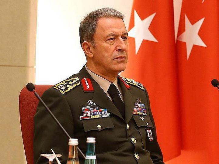 Глава турецкого генштаба проинспектировал войска на границе с Сирией
