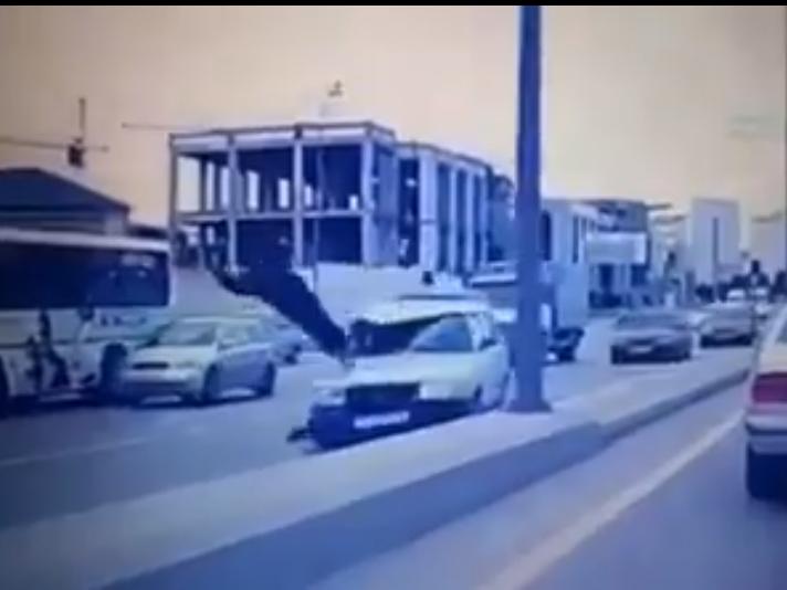 В Баку собирают подписи в поддержку предложения оправдывать водителей, совершивших ДТП по вине пешеходов - ФОТО – ВИДЕО