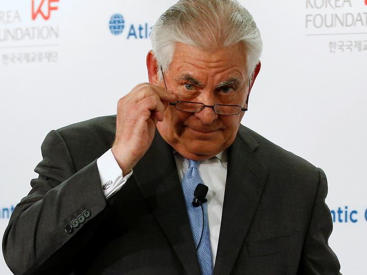 Тиллерсон заявил о возможном введении нефтяного эмбарго для Венесуэлы