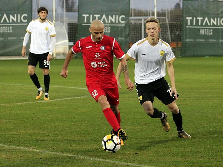 Рашад Эйубов: «Я был очень удивлен, когда увидел, насколько Самир Аббасов живет футболом»
