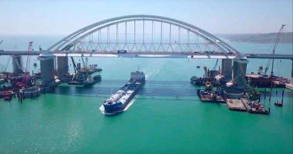 Инсайдер: Строителям Крымского моста выдадут медали