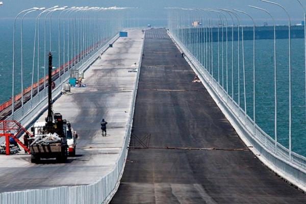 Крымский мост попал под санкции Google