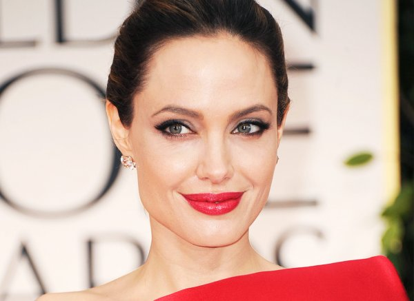 Анджелина Джоли опровергла роман с коллегой по «Малефисенте-2»
