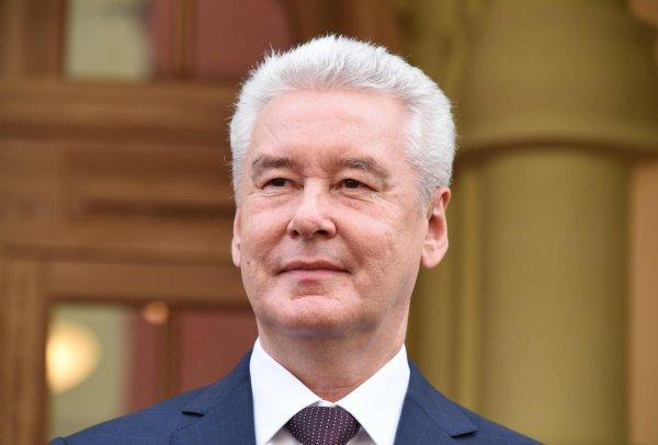 Собянин: В Москве стало в три раза меньше выбросов от общественного транспорта