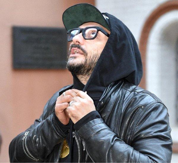 Суд не выпустил Серебренникова из-под домашнего ареста