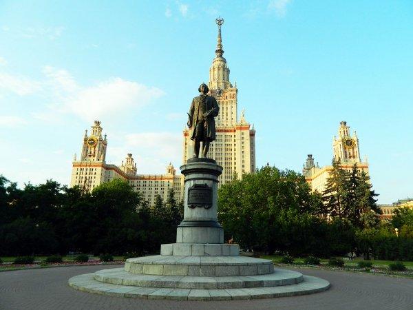 Площадь в центре Москвы удостоится имени архитектора Осипа Бове