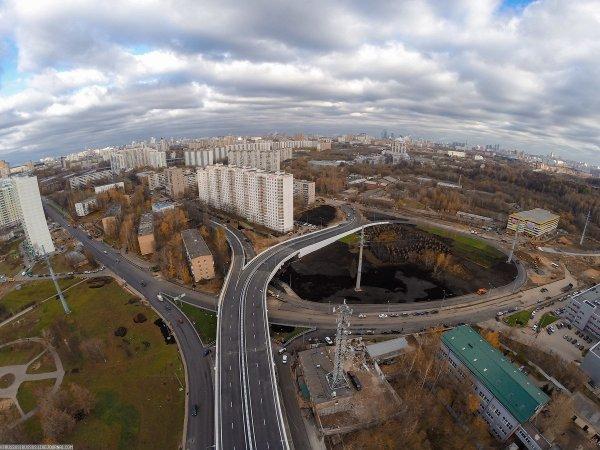Эстакаду между Северо-Западной и Северо-Восточной хордами в Москве откроют ко Дню города