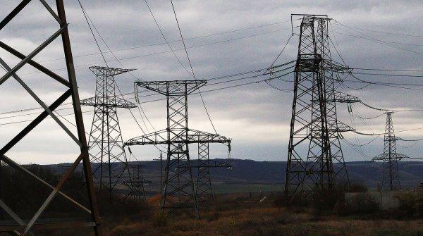 В Крыму полностью возобновили подачу электричества