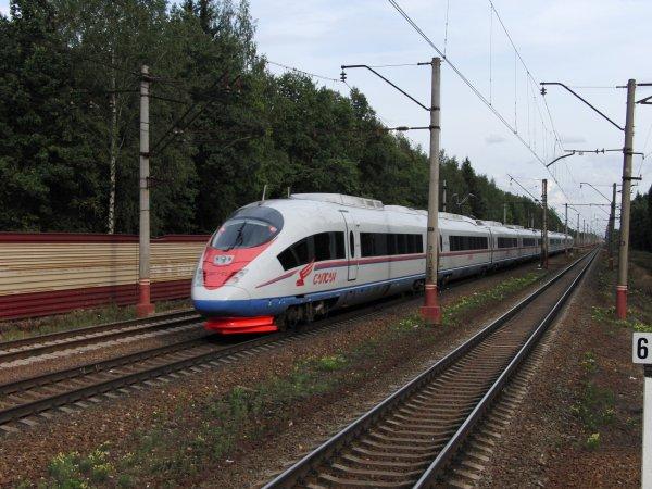 Этот запах никогда не выветрится: Британец раскритиковал российских пассажиров поезде