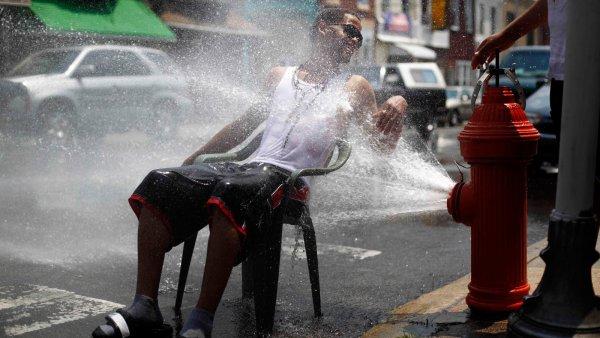 Ученые рассказали, как пережить жару
