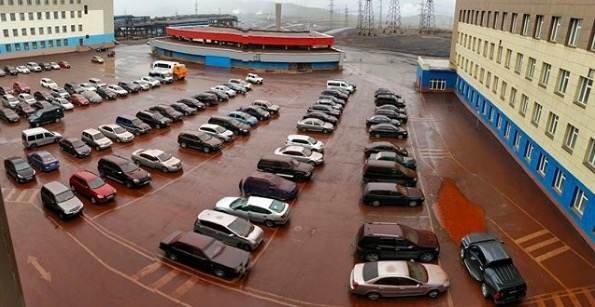 Прокуратура назвала причину красно-бурого дождя в Норильске